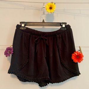 These Black Shorts Need a New (BoHo)me!!!